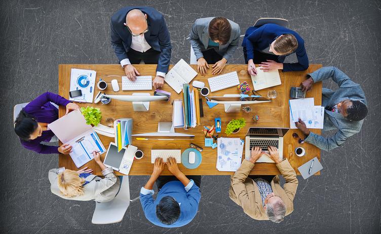 Gemeinsam an der Lösung von Audit-Problemen arbeiten